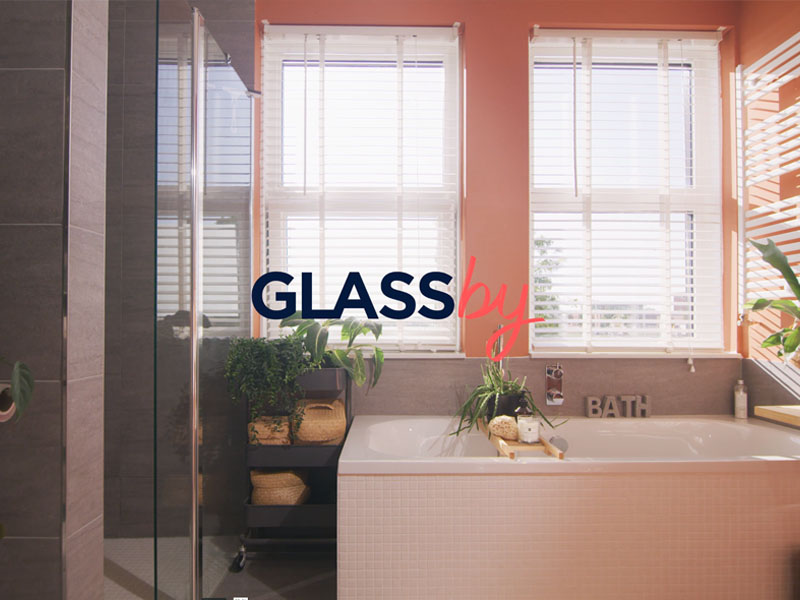 GlassBy – Shower